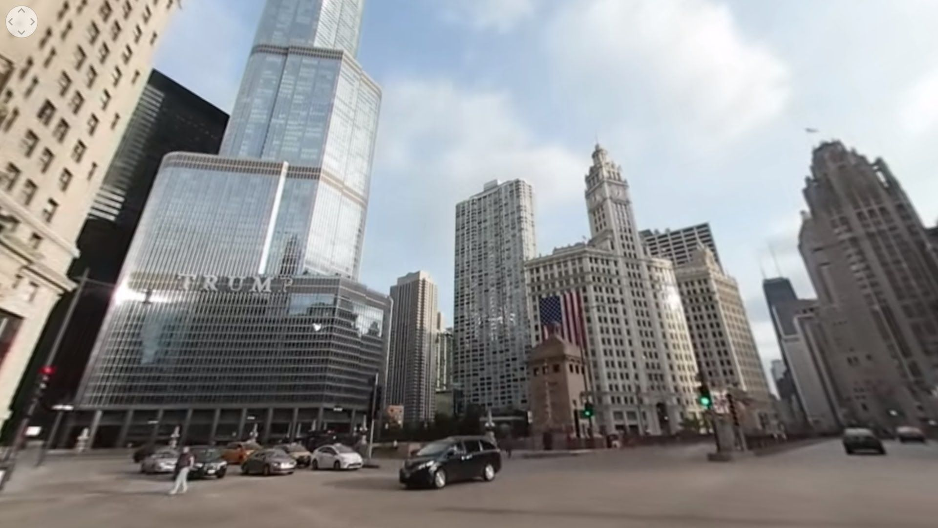 Driving Downtown Chicago S Main Street Chicago Illinois Usa Via J Utah 360 Downtown Chicago Downtown 7 Continents