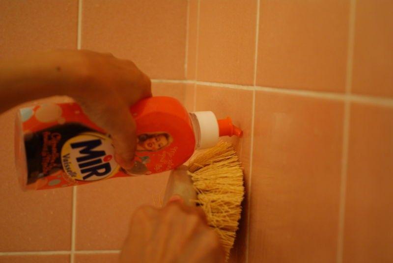 Nettoyer Faience Salle De Bain Le Carrelage Mural La Tincelant Maison Anti Calcaire Maison Nettoyage Douche Calcaire Detartrer Douche
