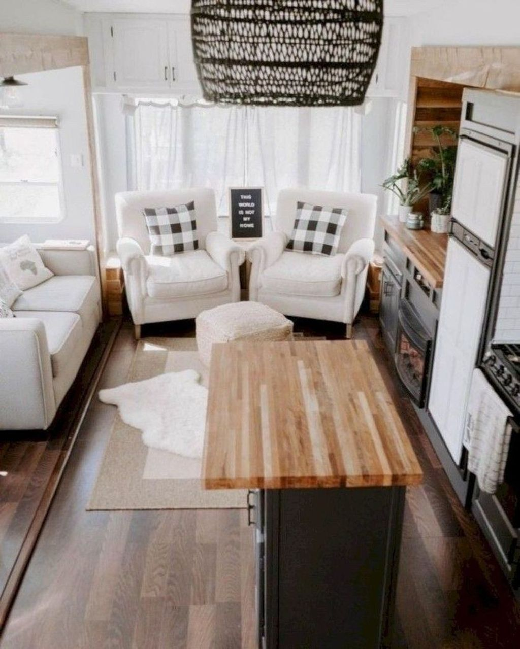 37 Fancy Rv Living Design Ideas For This Year Trenduhome In 2020 Rv Living Travel Trailer Remodel Home Living on one dollar trailer