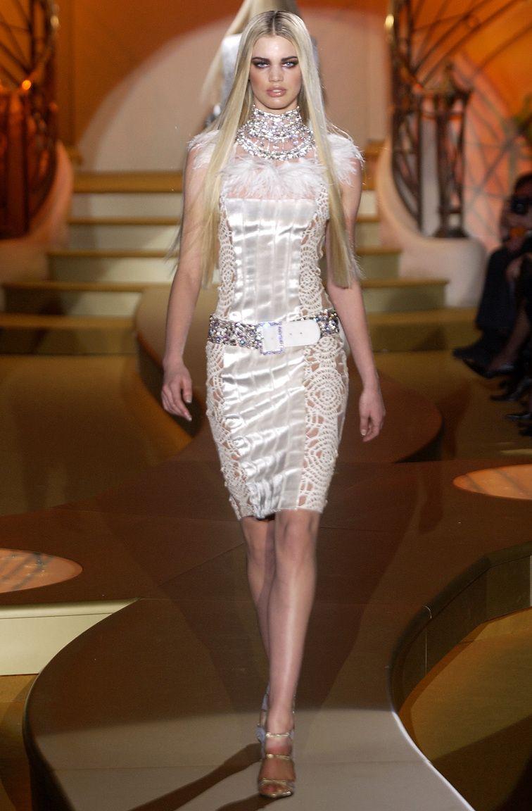 Rianne Ten Haken At Atelier Versace Ss 2004 Q6 Versace Couture