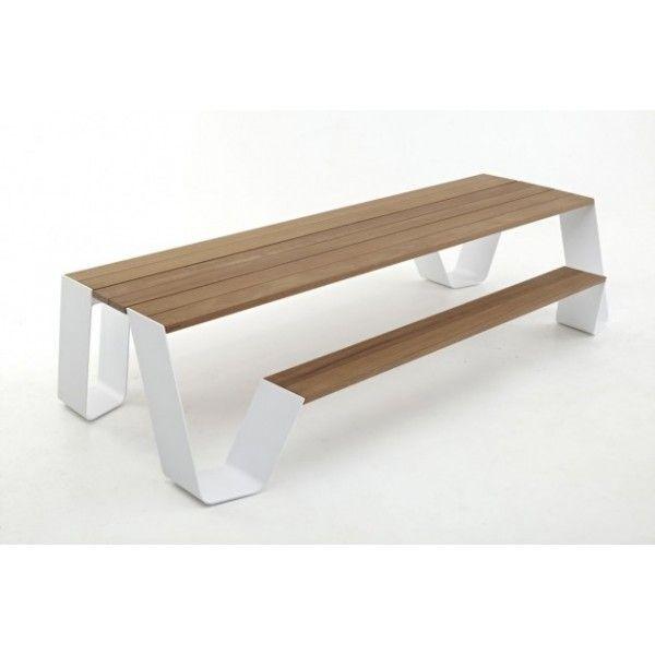 Table en bois avec bancs intégrés design Hopper d\'Extremis ...