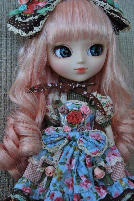 Lilia - Pullip Alice du Jardin by Naiala, via Flickr