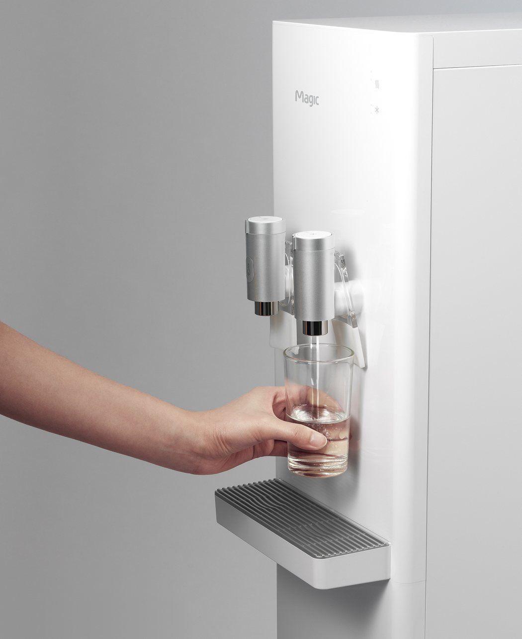 Pure And Simple Yanko Design Dispenser Design Water Purifier Design Water Dispenser Design