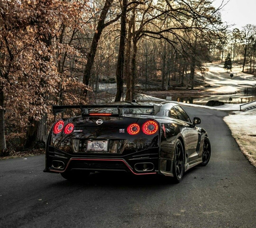 nissan gtr r35 nismo black auto 39 s pinterest nissan gtr r35 gtr r35 and nissan. Black Bedroom Furniture Sets. Home Design Ideas