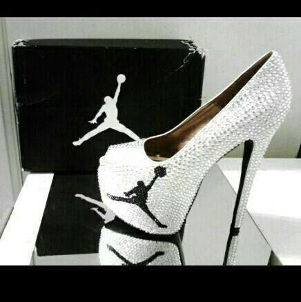 Zapatillas Jordan. ZapatillasZapatos De MujerZapatos ... 72b9a8ca4805