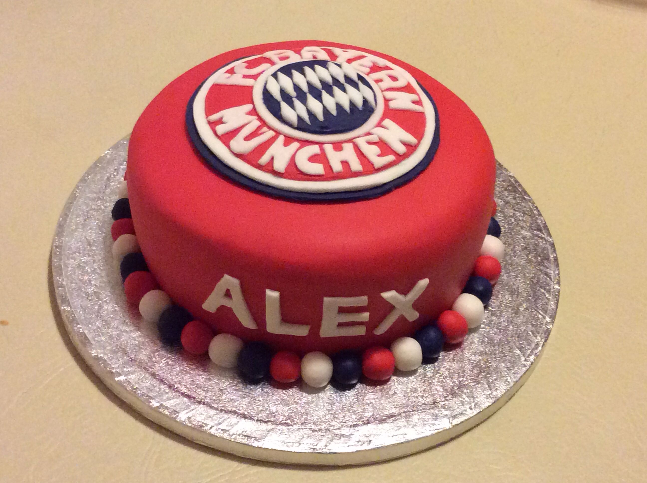 Bayern Munich Cake Cake Ideas Pinterest Bayern And Cake