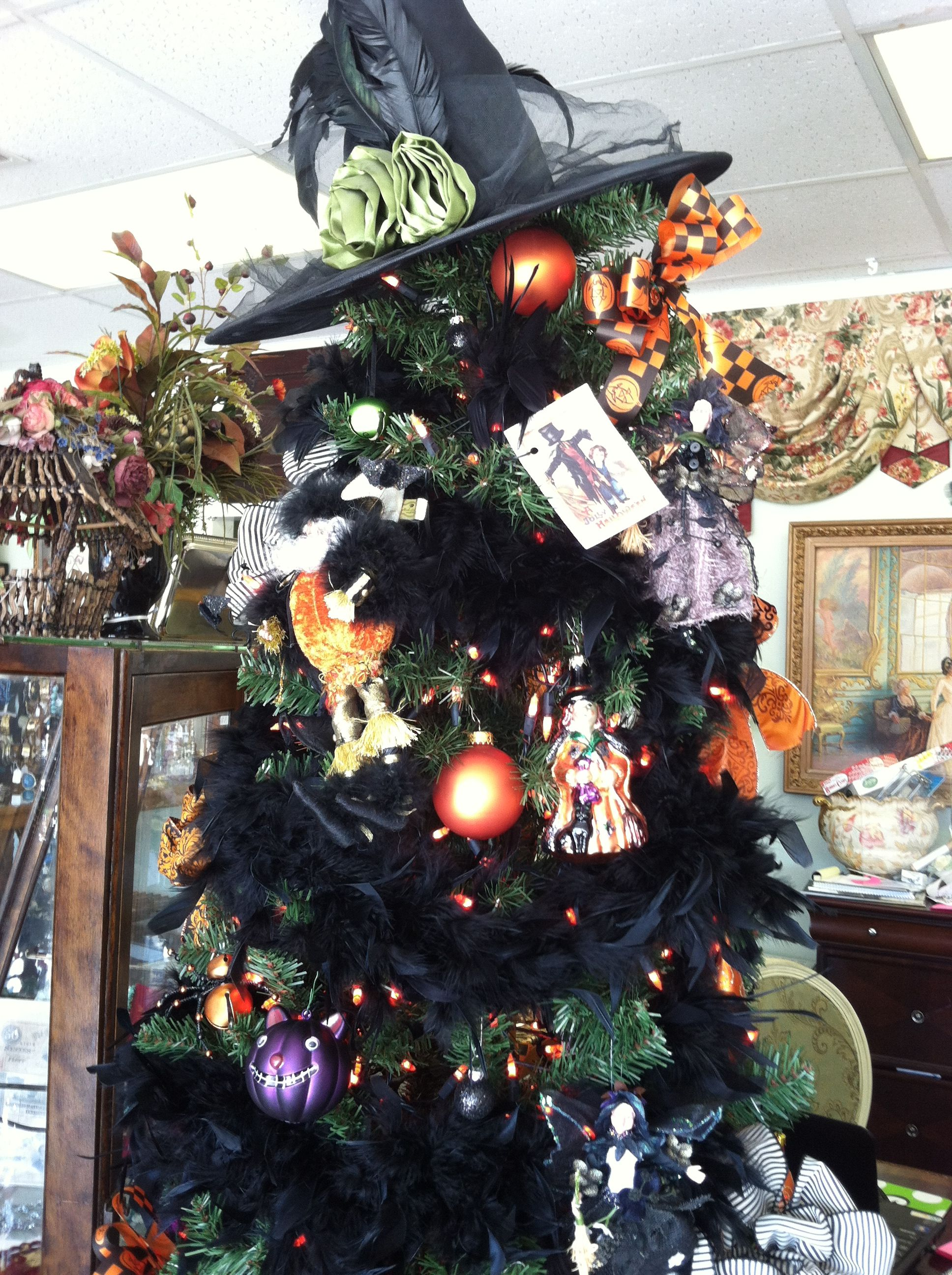 Halloween Tree Halloween Pinterest Halloween Displays Halloween Ornaments Tree Halloween Spooktacular