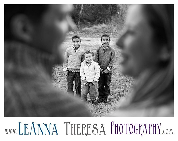 Outside family portrait fall family picture nj family photographer childrens outdoor portrait