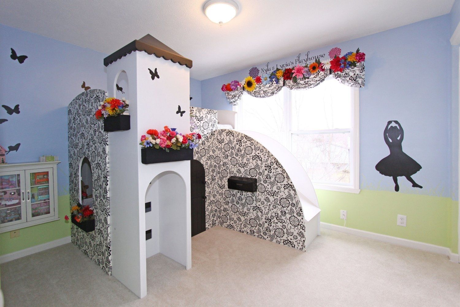 Castle bed with slideblack and white print is fabric