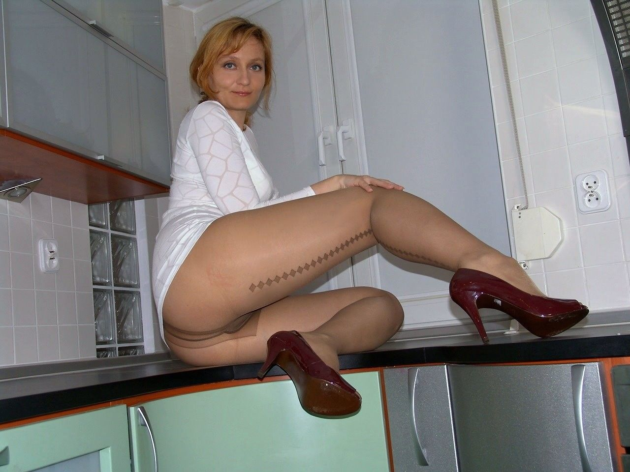 mature pantyhose 1000+ images about pantyhose legs on Pinterest | Sexy, Pantyhose legs and  Sexy hot
