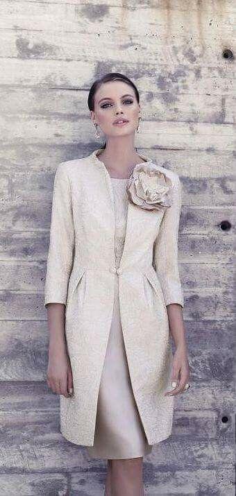 Pin Von Dorota Szydlowska Auf Women S Fashion Mit Bildern Kleider Hochzeit Kleider Festliche Kleider Hochzeit