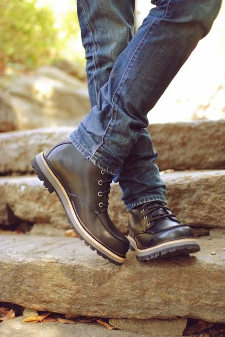 UGG Australia's lace up leather boot for men - the #Noxon
