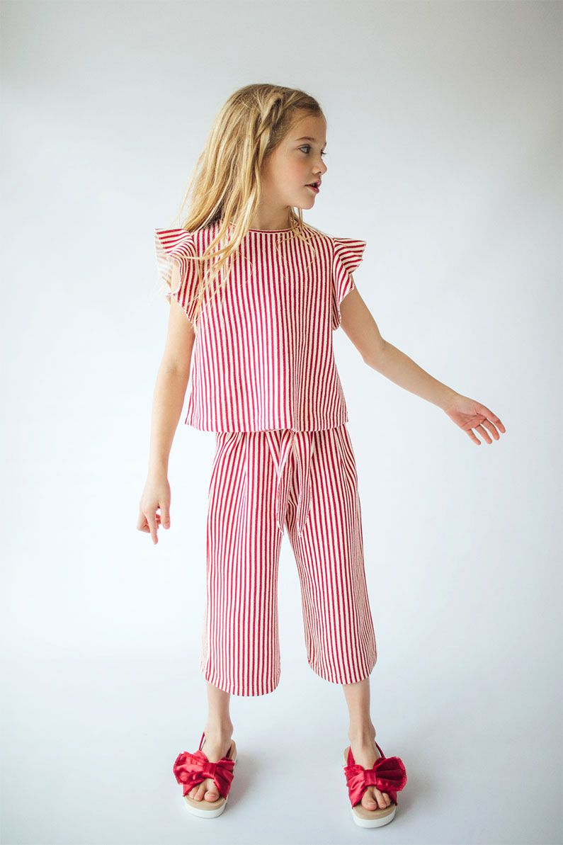 568dc8992a987 Image 1 of STRIPED TOP   STRIPED CULOTTES   SLIDES WITH BOW from Zara