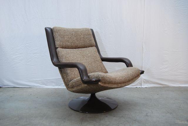 Originele design fauteuil type f140 ontworpen door for Mooie design fauteuils