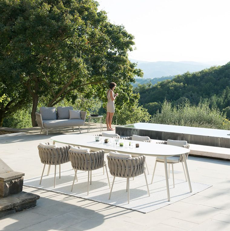 Tribu Mobili Giardino.Tribu Garden Furniture Discreet Luxury For The Outdoors