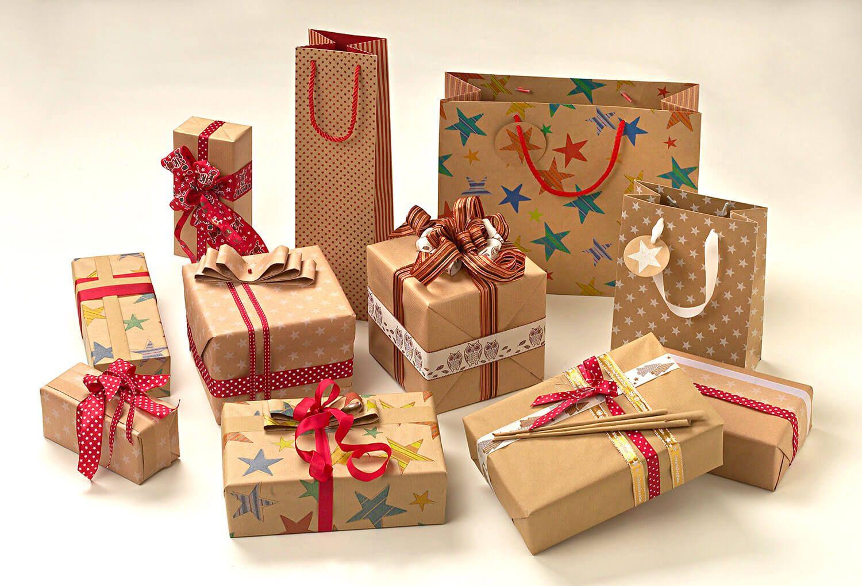 """""""Zurück zur Natur"""": Mit unseren Geschenkverpackungen wird es unter dem Weihnachtsbaum garantiert nicht langweilig."""