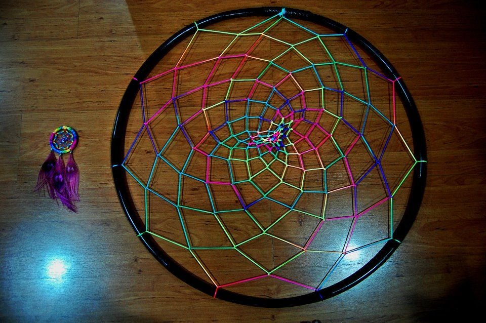DIY Giant dreamcatcher to hang over the camp... Hula hoop