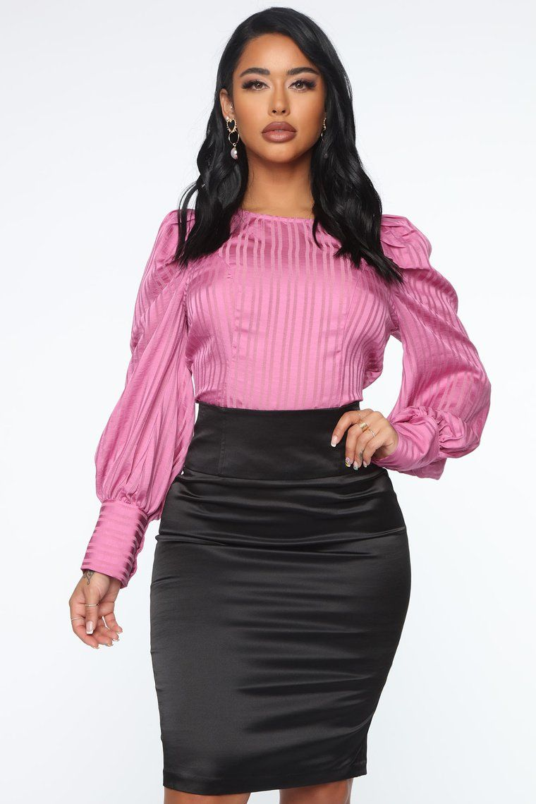 Working The Room Puff Sleeve Top Pink in 2020 Party