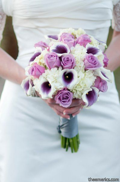 Flowers of the Field Photos | Wedding flower photos, White bouquets ...
