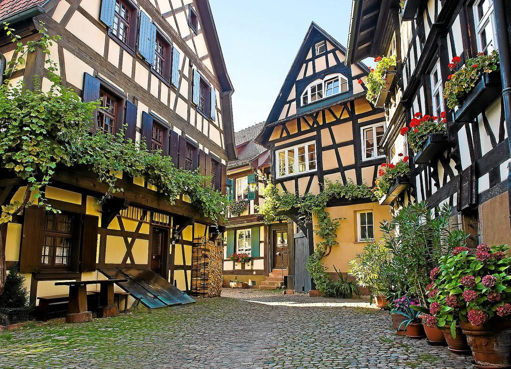 a beautiful 13th century village in baden w rttemberg germany w r i t e setting pinterest. Black Bedroom Furniture Sets. Home Design Ideas