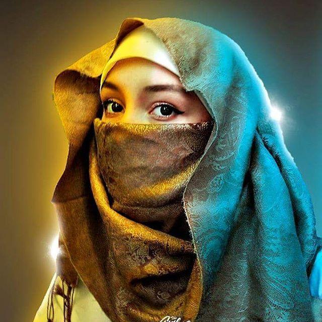 Manual lighting Photoshop  Just with brush.  #photoeditor #photoshop #hijab #niqab #magazinecover #movieposter #lighting #woman #muslim #girl #designer #posterdesign #photography #shine #like4like #follow4follow