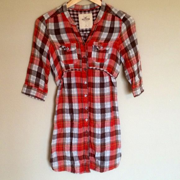 Hollister plaid dress Small Perfect for fall with some boots. Only worn once. Ask me about bundling👗Make me and offer. Ask about bundles as well. Hollister Dresses