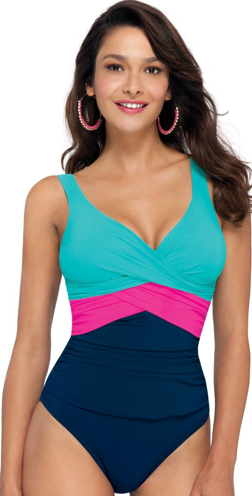 c3cef49fad4 colorblock-swimsuit | swimwear in 2019 | Apple body type, Best ...