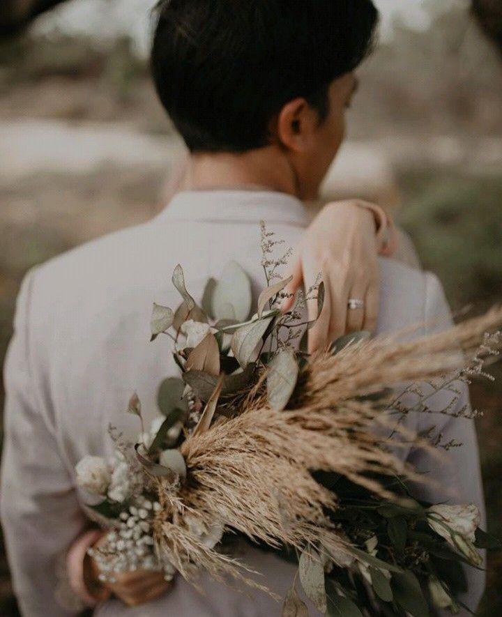 Pin Oleh Nad Di Couple Perkawinan Romantis Pose Perkawinan Dekorasi Pernikahan Klasik