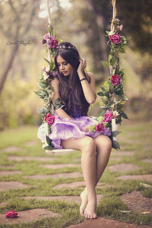 Balanço Florido Fotografía De Quinceañera Sesiones De Fotos Originales Fotografía De Chicas