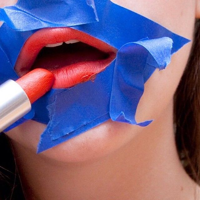 How to perfectly apply lipstick http://www.burlexe.com/burlesque-red-lip-makeup-tips-for-beginners/