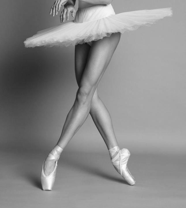 Dominika Tomczyk Ballet Photography Just Dance Dancers Feet