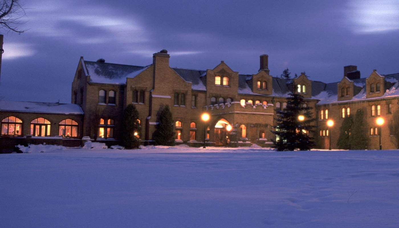 Hotels In Lenox Ma Cranwell Spa Golf Resort Berkshires