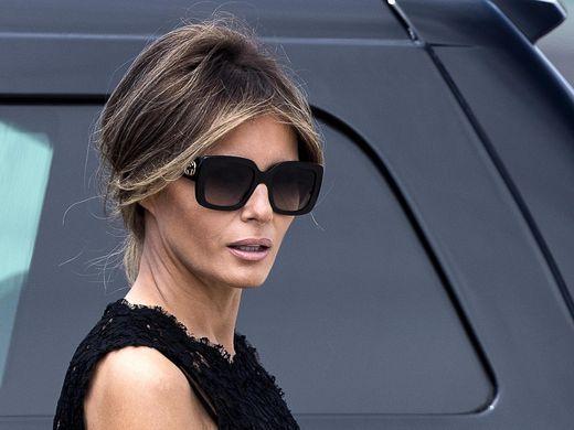 Картинки по запросу melania trump  Oversized sunglasses