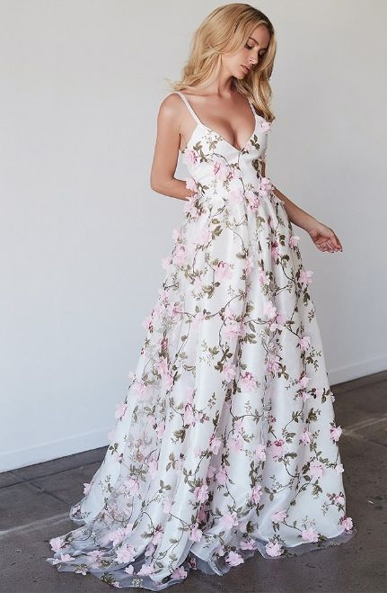 Lurelly 3D floral gown | Мода | Pinterest | Gowns, Floral and ...