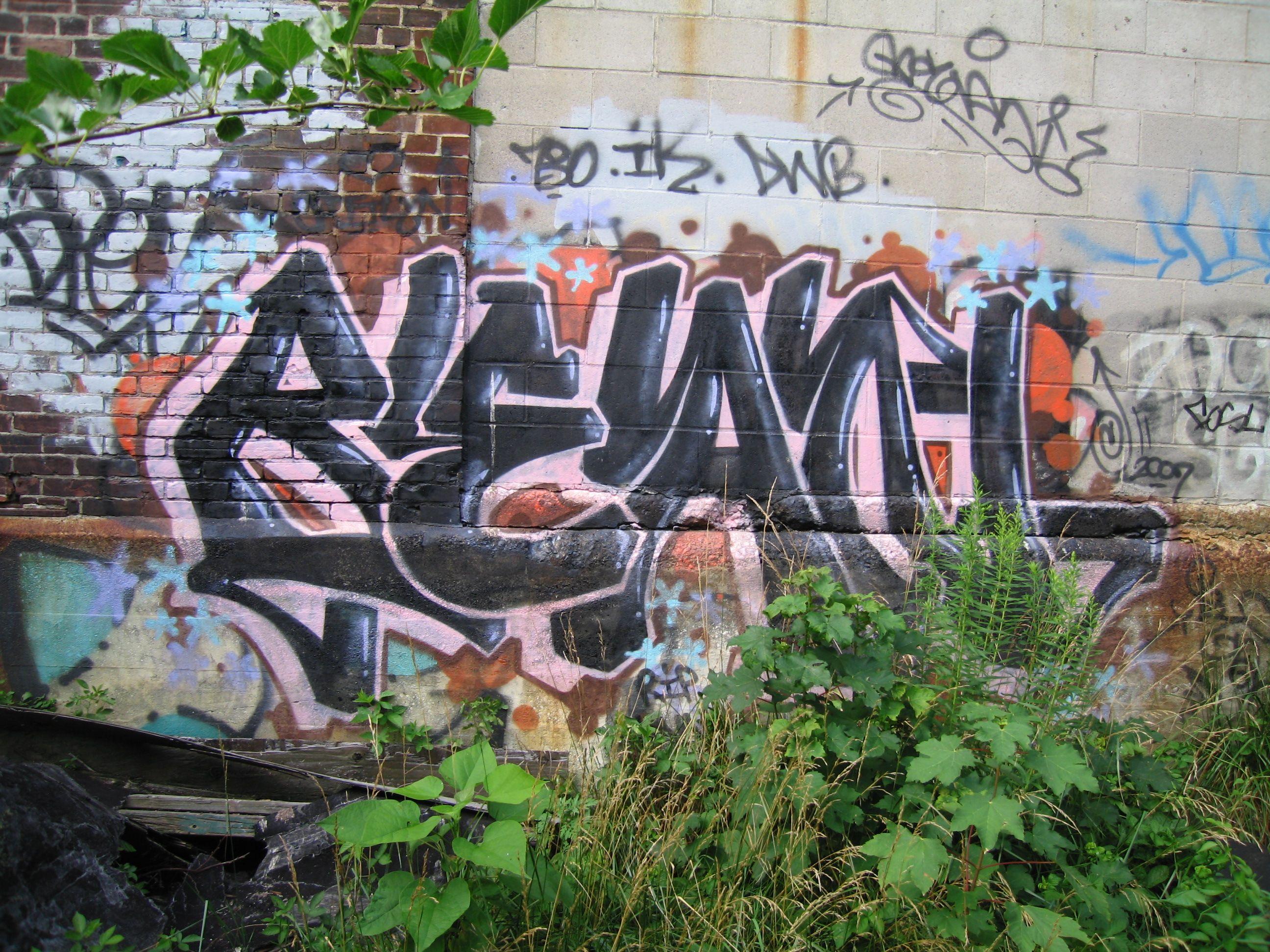urbanartbomb #graffiti #bombing #graff #streetart - http://urbanartbomb.com/13367363-2/ -  - Urban Art Bomb