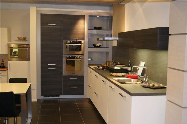 Pure combinatie keuken voorzien van kleuren kitchen