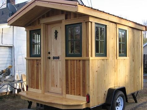 Franks Diy Micro Cabin Tiny House On Wheels 001 DIY Interview And Tour