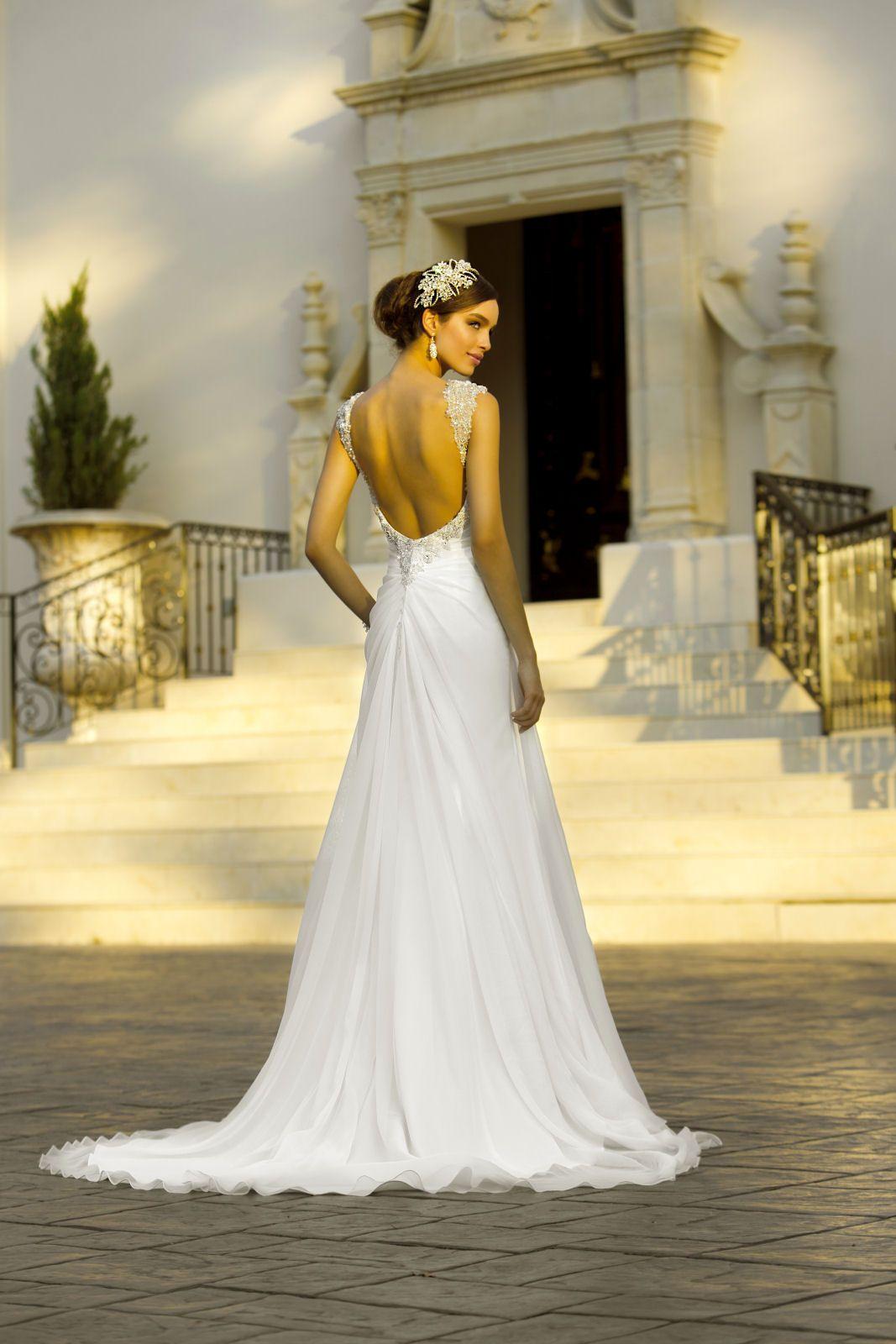 5904 from Stella York via hitched.co.uk #Bridalwear | Beautiful ...