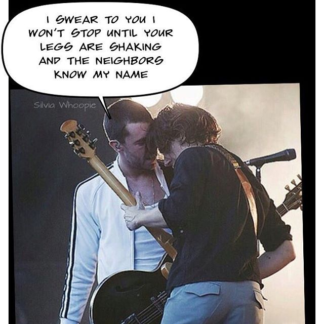 silvia_whoopie/2016/09/23 22:24:01/This is what I hope Miles is saying to Alex rn 😂😂😂😂😍😍😍😍 I miss my lovely boys 💘  #mileskane #alexturner #tlsp #thelastshadowpuppets