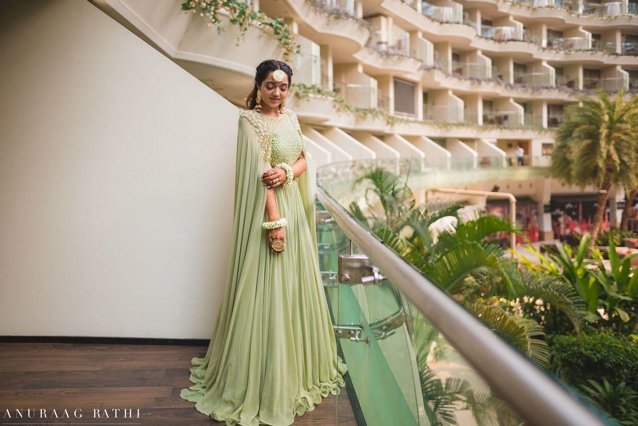 Elegant Mumbai Wedding With Beautiful Outfits... Mumbai