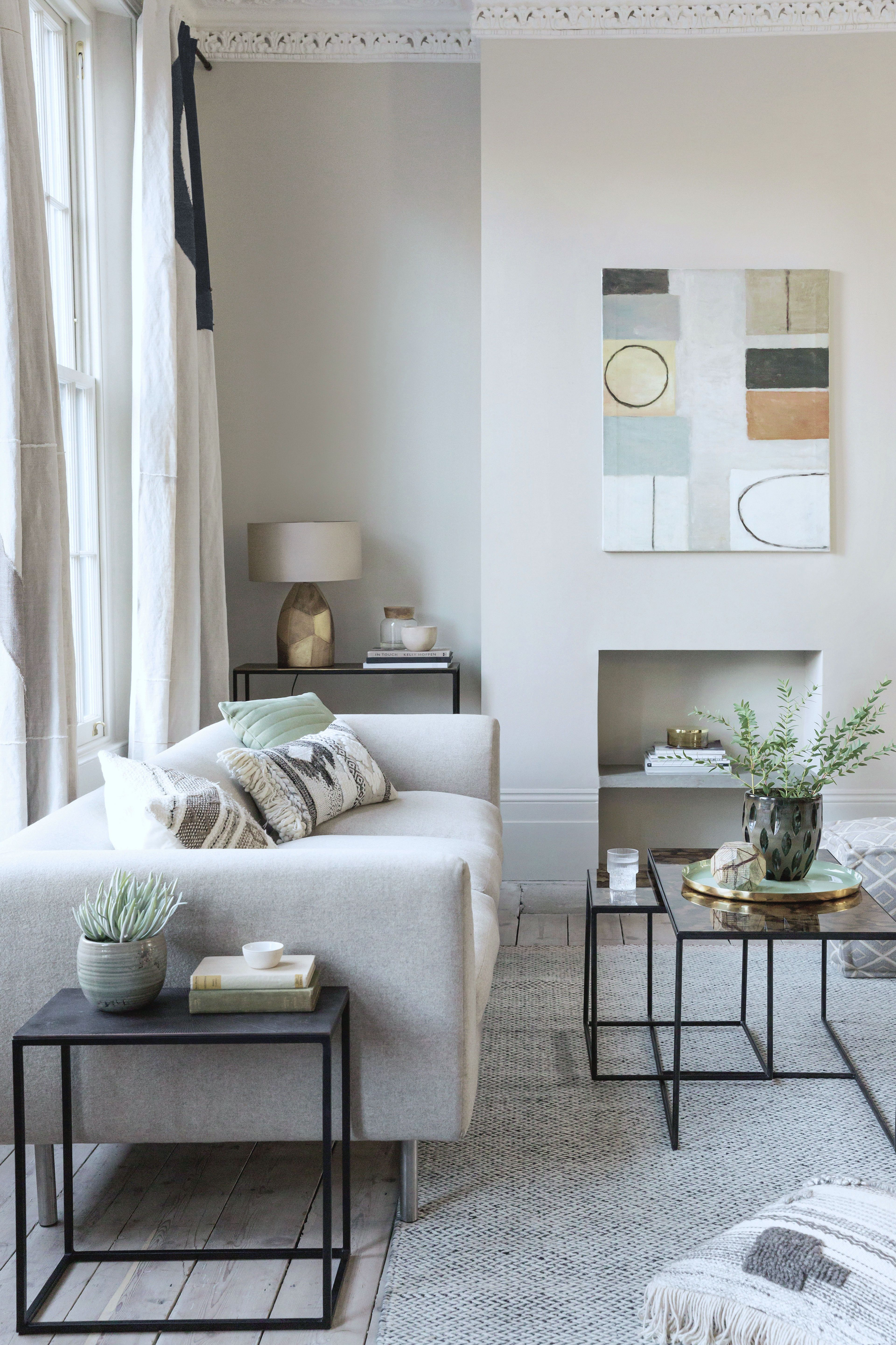 Simple Living Room Interior Design: 9 Simple Ways To Style The Minimal Interior In 2019