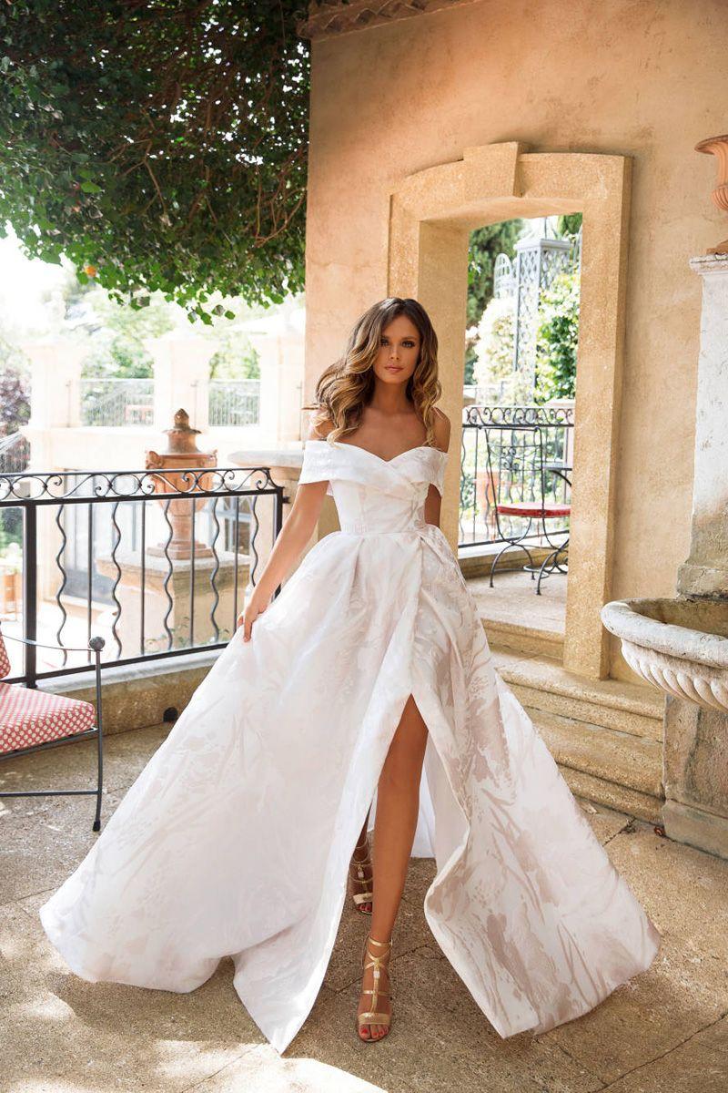 20 Princess Worthy Fairy Tale Wedding Dresses For Summer Brides Fairy Tale Wedding Dress Wedding Dresses Summer Bride [ 1200 x 800 Pixel ]