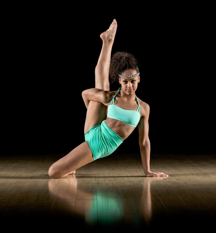 nia frazier | Dancemommers! | Pinterest | Dancing, Sioux ...