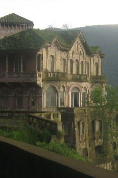 The Tequendama Falls Museum Of Biodiversity And Culture Spanish Casa Museo Salto De Biodiversidad Y Cultura Is A Mansion In San