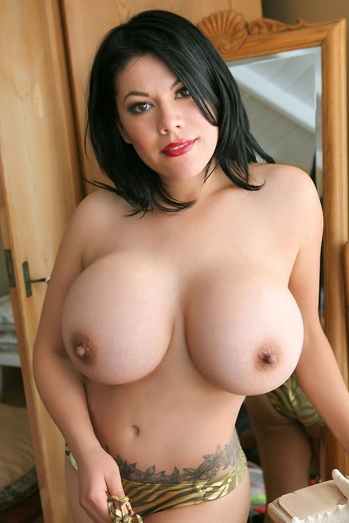 HOT and hot mature tits Kardashian!