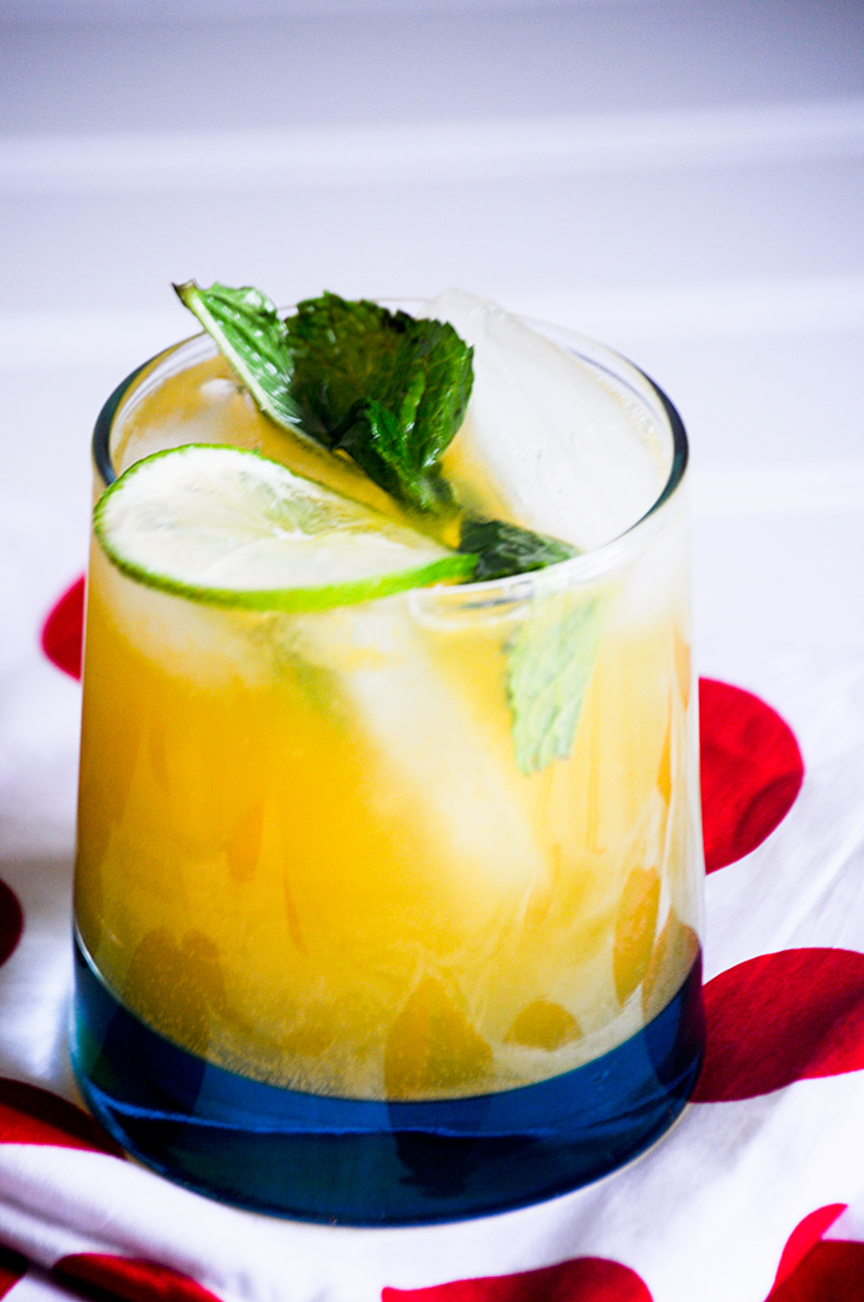 Passion Fruit Mojitos For The Virtual Mad Men Finale Party