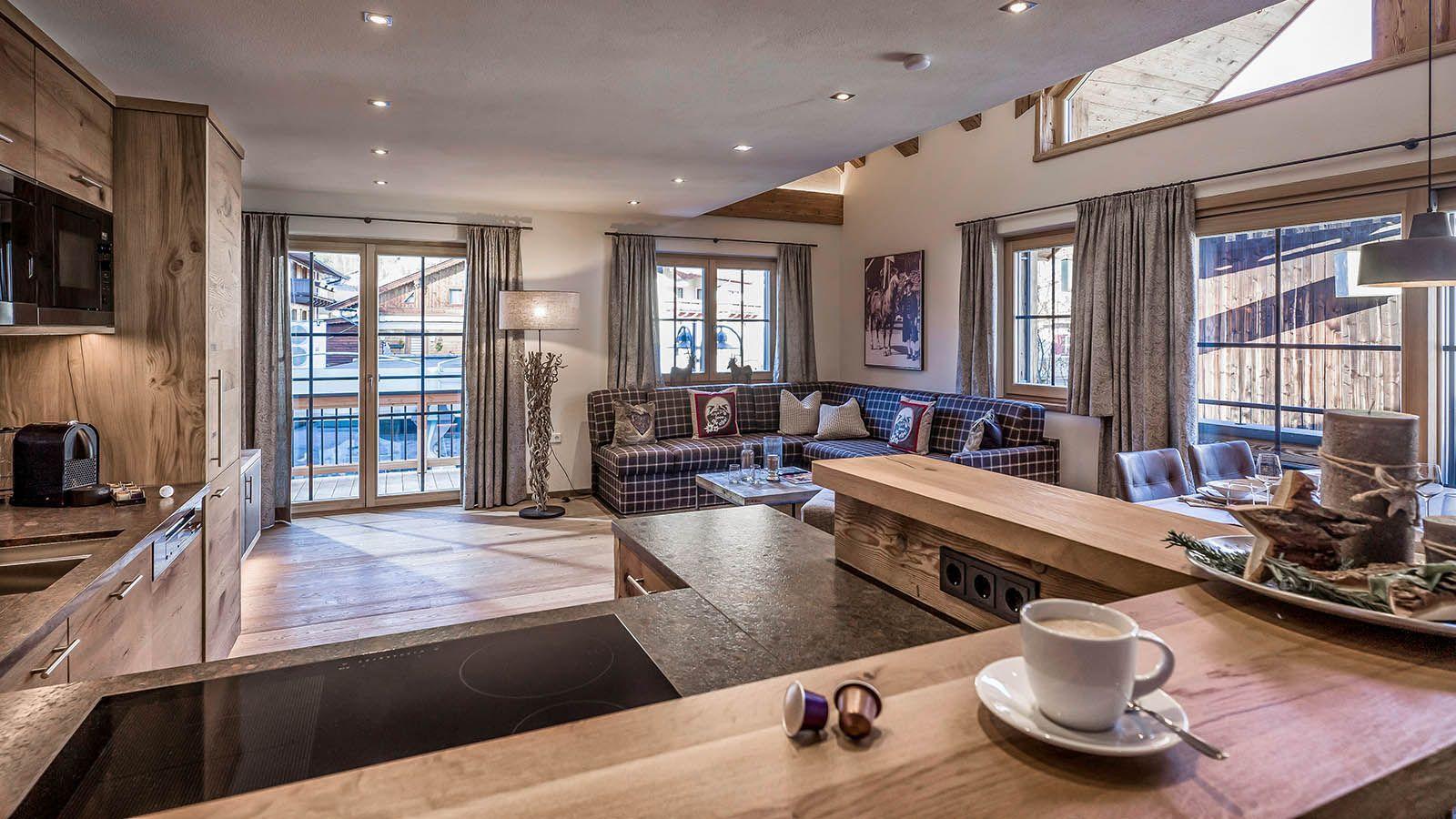 Landhaus neubau im glasl ensemble blockhaus pinterest for Innendekoration chalet
