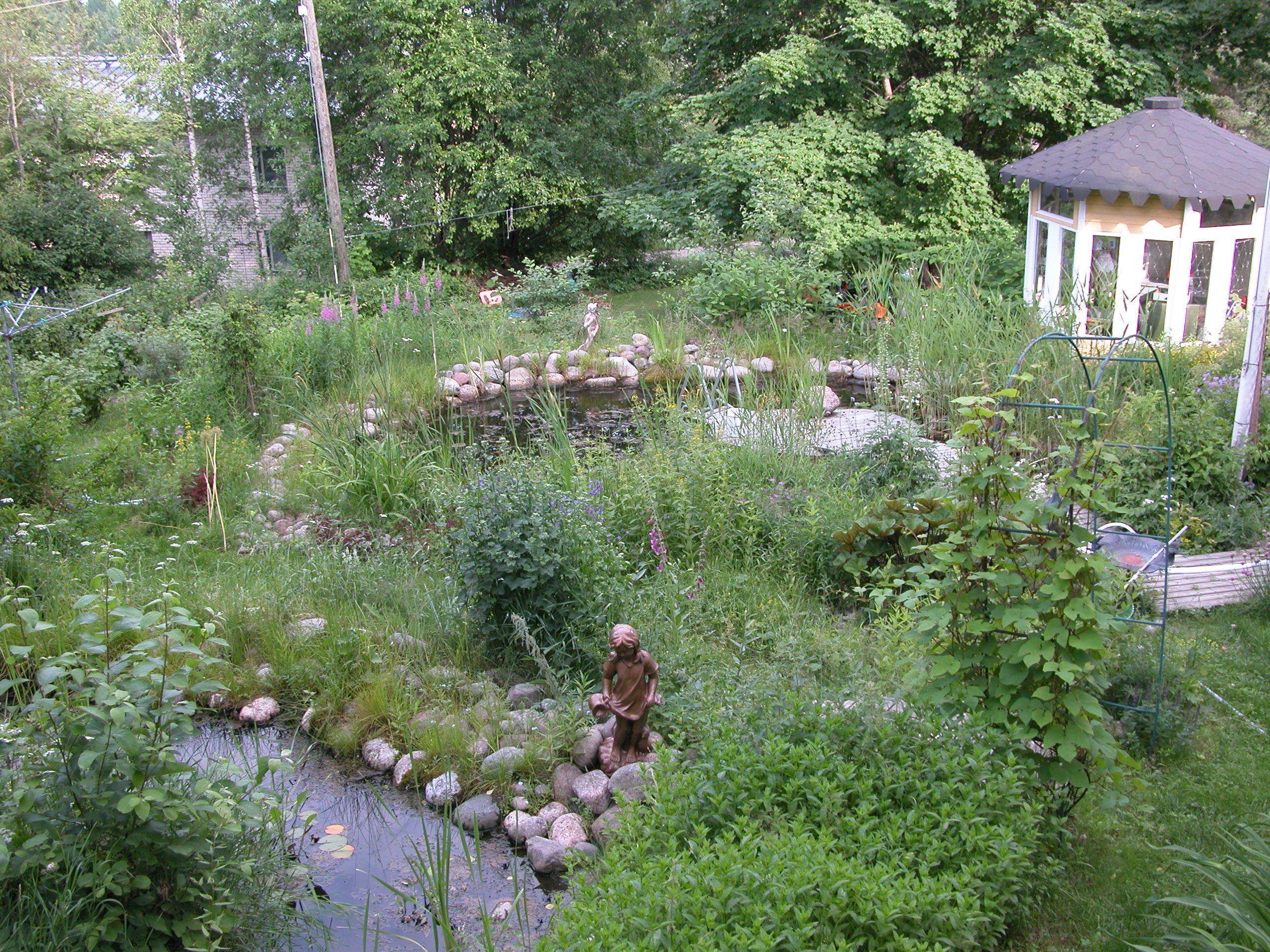 Päivärinteen puutarha Halikon asemalla Salossa
