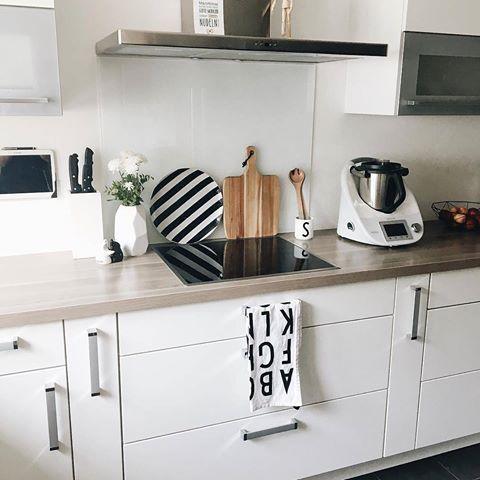 Die Coolen Geschirrtücher Von @Designletters Sorgen Für Eine Küche Mit  Wow Effekt! // Weiss Schwarz @_sonjas_picturebook