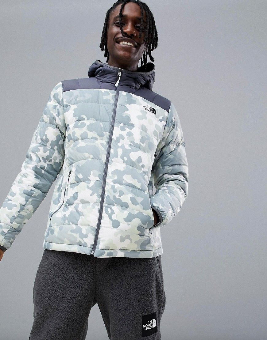 83d7f8c27db3e THE NORTH FACE LA PAZ HOODED JACKET IN MACROFLECK PRINT - WHITE.  #thenorthface #